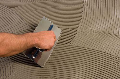 Как рассчитать сколько нужно плиточного клея на 1 кв. м