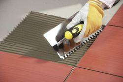 Толщина слоя плиточного клея для укладки плитки на пол и стены